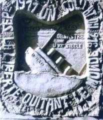graffito dans une creute du Chemin des Dames en 14-18, la liberté quittant le monde, musée Serge Ramond.jpg