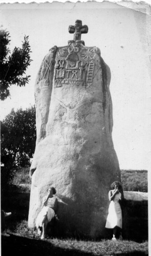 Menhir de St-Duzec-en-Pleumeur, document collection Association Gepetto.jpg