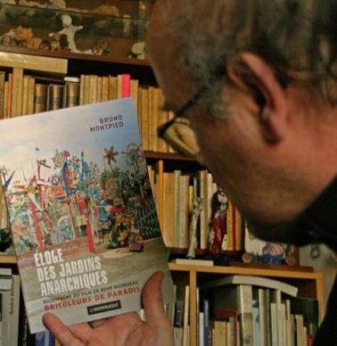 L'éloge-lu-dvt-une-biblioth.jpg