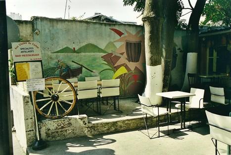 Les Chutes du Carbet,la terrasse,ph.Bruno Montpied, 2000.jpg