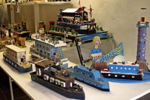 Expo Roger Beaudet, les maquettes, la sirène, etc, Musée Les Amoureux d'Angélique, Le Carla-Bayle, 2008, ph B.Montpied.jpg
