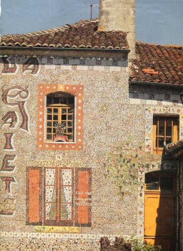 article D Montebello ds Acutalités P Ch 2015 la maison002.jpg