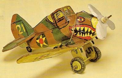 Jean Smilowski, maquette d'avion de chasse des années 1940.jpg