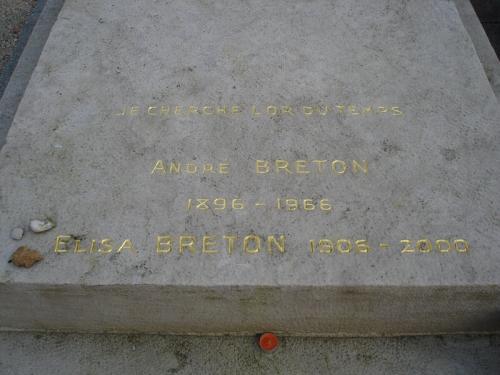 Inscriptions tombe André Breton et Elisa Breton, cim Batignolles.jpg