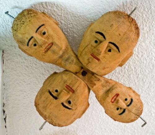 Luigi Buffo,4 têtes, musée les Amoureux d'Angélique, ph B.Montpied, 2008.jpg