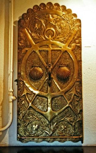 Hippolyte Massé,la porte en bronze de son ancienne maison à La Chaume, coll du MASC des Sables d'Olonne, ph B.Montpied, 1996 .jpg