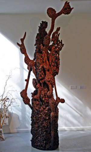 Frans Krajcberg, Musée du Montparnasse, photo Bruno Montpied, 2009.jpg