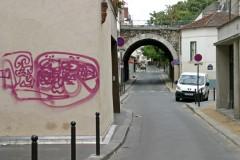 Rue du Volga et débouché de la rue des Grands Champs, Paris, 2Oe ardt, ph. Bruno Montpied, 2009.jpg