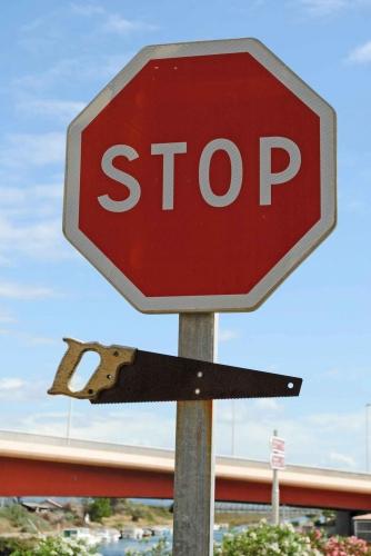 Stop-scie,-les-rassegues.jpg