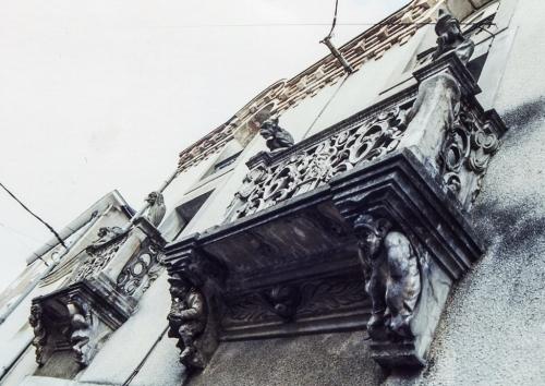 Maison Dupré, Cholet, les 2 fen par-dessous (2).jpg