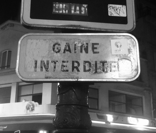 Gaine interdite place Blanche ph RG.jpg