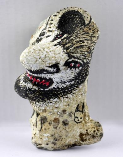 pierre jaïn,benoît jaïn,poésie naturelle,sculpture sur os,folklore breton,brut de pinsé,art sur épaves,dessin sur os