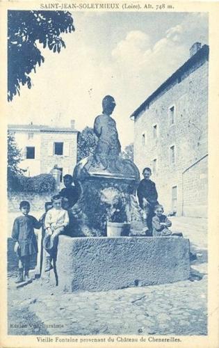 saint-jean-soleymieux,fontaine de soleymieux,modifications d'oeuvres d'art,art spontané,fontaines insolites
