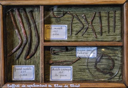 jean veyret,art d'assemblage,théâtre d'objets,boîtes à mise en scène d'objets,jacques prévert,poésie ésotérique
