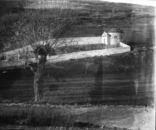 5 vue stéréoscop du cimetière de chambon sur lac (2).jpg