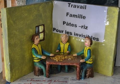 Travail Famille Pâtes-Riz Pour les Invisibles (2).jpg