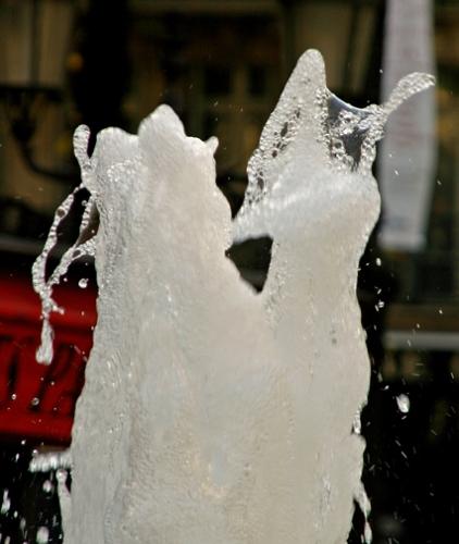 Sculpture-d'eau5,La-gifle.jpg