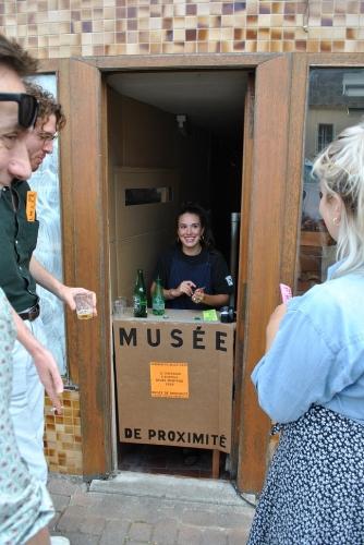 TST à l'entrée de son musée de proximité, le 10 juil 2020 (2).jpg