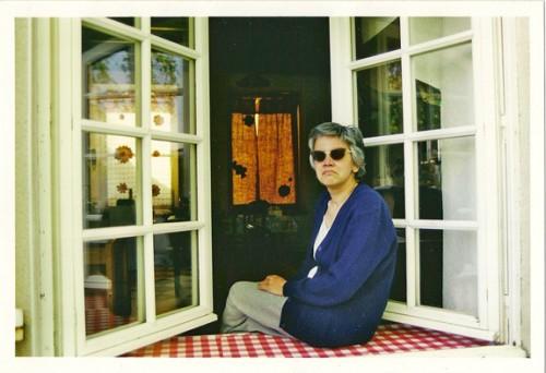 Portrait de Marilena à Lusignan par Bruno Montpied, 2001.jpg
