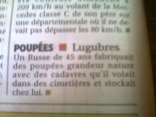 Poupées-cadavres régis La Montagne vers nov 2011.JPG
