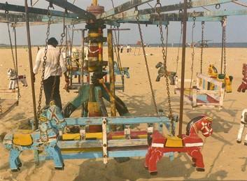 Art forain indien,manège sur une plage à Madurai, ph. Yves Kneusé,2009.jpg