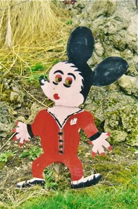 Roger Jeanton,Mickey, ph.B.Montpied, 2002.jpg