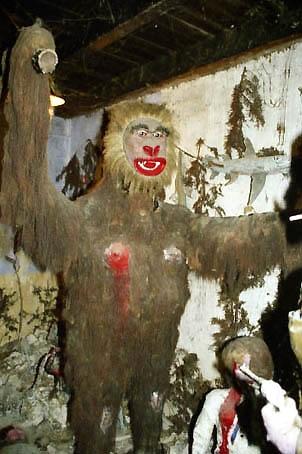 Le gorille de Franc Barret, ph. Musée du Pays Foyen.jpg