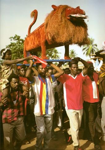 Cercueils du Ghana, un lion, ph.Thierry Secretan, 1994.jpg