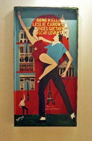 Guy Brunet, boîte-affiche-reliquaire consacrée à Un Américain à Paris, expo Rencontres autour de l'Art Singulier au MIAN de Nice, 2005, photo B.Montpied.jpg