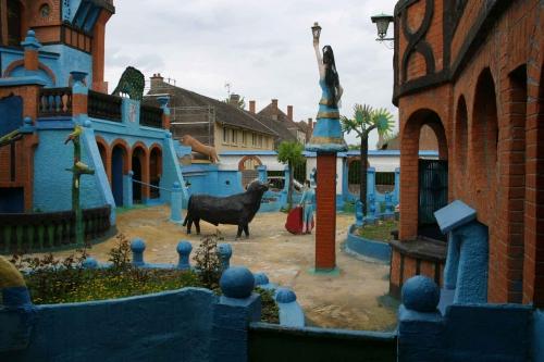 roger mercier,château de bresse-et-castille,ange des inspirés,damerey,journal de saône-et-loire,maisons bressanes,jean-loup montpied