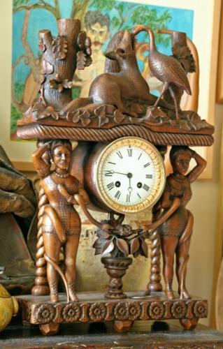 Porte-montre sculpté, collection Michel Boudin, ph.Bruno Montpied, 2009.jpg