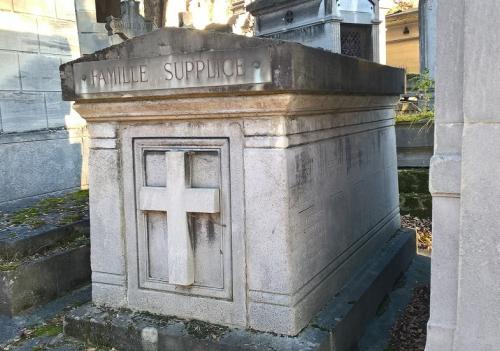 Caveau de la famille Supplice, cim. du Père Lachaise_edited (2).jpg