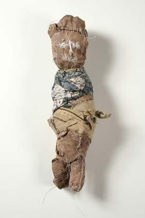 Michel Nedjar, poupée présentée sur le site de la Galerie Polad-Hardouin.jpg