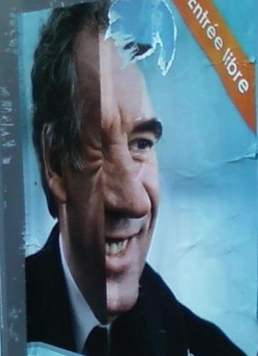 Affiche Bayrou pliée trouvée, avr 12.jpg