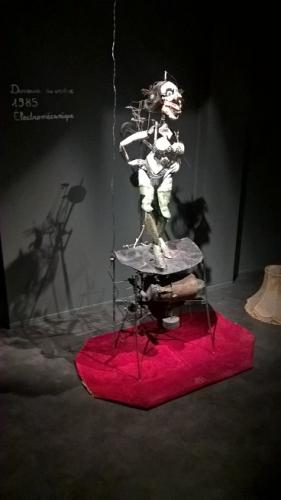 Danseuse-du-ventre,-1985,-électromécanique.jpg