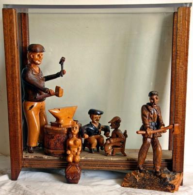Anonyme,Ensemble de 6 sculptures en bois, XXe siècle, photo Bruno Montpied, 2009.jpg
