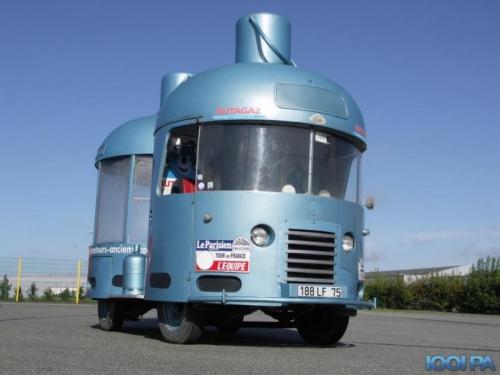 Camionnette-bonbonne de butane Butagaz, années 50-60.jpg