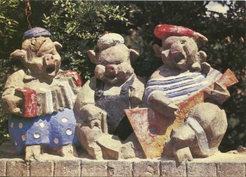 clairière des contes de yalta,régis gayraud,la chambre rouge,contes de tradition orale,contes et environnements spontanés,trois petits cochons,baba yaga,comptines,rouleaux patua,éditions rackham