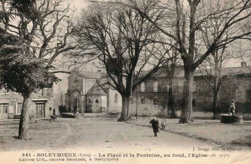 Autre vue de la place Soleymieux.jpg