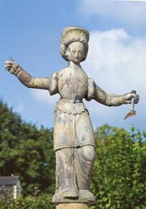 andrée clavaud,tuilerie de pouligny,épis de faîtage,art populaire insolite,poterie populaire