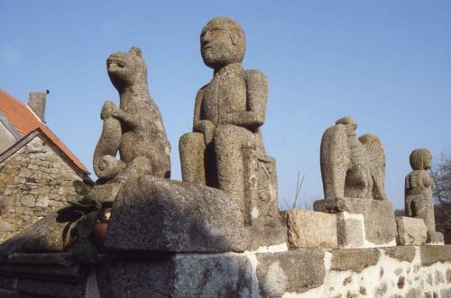 Michaud-les-statues-de-l'ho.jpg