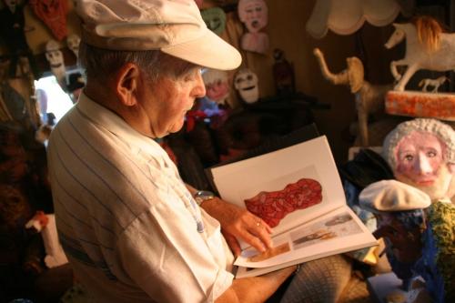 Artistes-Marcel-lisant-un-l.jpg