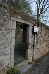 Jardin de la Perrine, entrée discrète (2).jpg