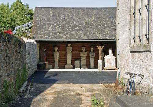 042 Le-musée-derrière-la-mairie.jpg