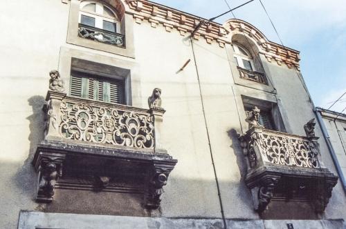 Maison Dupré, façade médiév fantaisiste (2).jpg