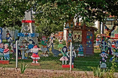 Jardin aux statues de Joseph Donadello, partie centrale, ph.B.Montpied, 2008.jpg