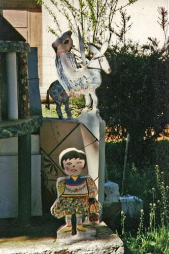 Joseph Donadello,statuette disparue de son jardin, maquette du Panthéon, ph.Martine et Pierre-Louis Boudra.jpg